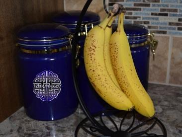 Bananas (1)