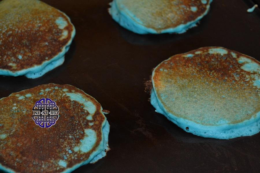 Blue Pancakes (1)
